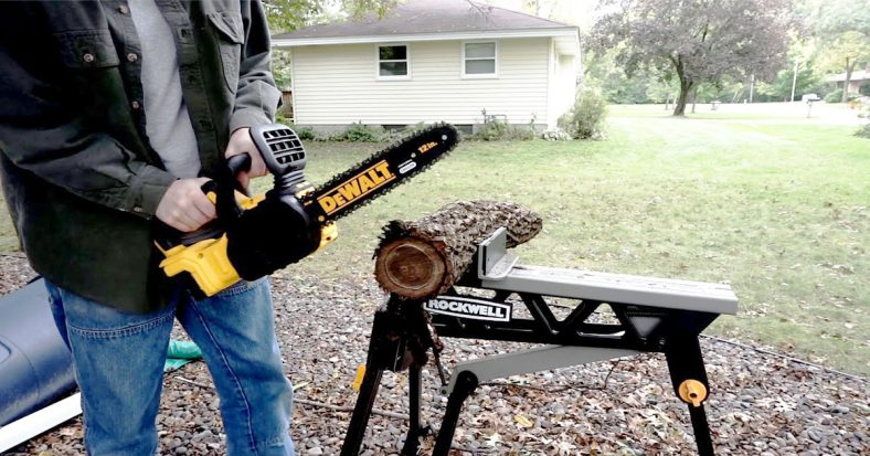 10 Powerful & Easy-to-handle Chainsaws for Cutting Firewood - Get your work done in no time!