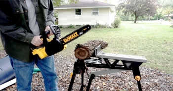 10 Powerful & Easy-to-handle Chainsaws for Cutting Firewood – Get your work done in no time!